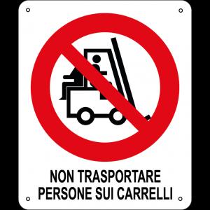 Non trasportare persone sui carrelli verticale