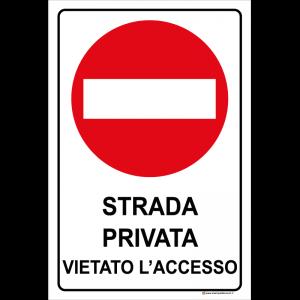 Strada privata vietato l'accesso