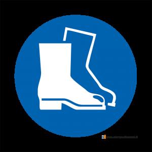 Obbligatorio indossare le calzature di sicurezza - Bordo Macchina